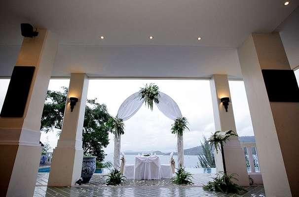 Aquamarine Resort & Villa
