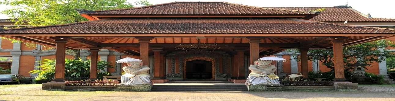 Visit and Explore the Neka Art Museum in Bali