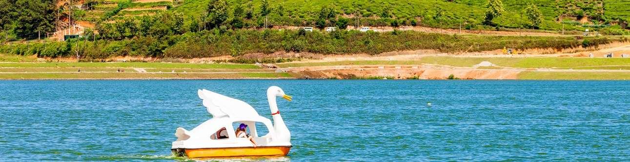 Visit the Beautiful Lake Gregory in Nuwara Eliya