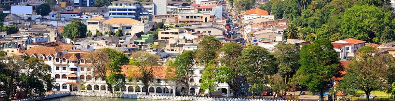 Visit the beautiful Kandy City in Sri Lanka
