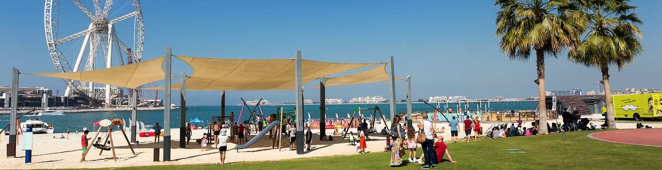 Shop, dine and stroll by the sea along the chic waterfront strip