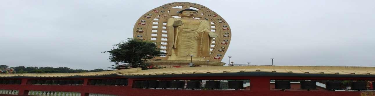 Visit the Buddha Temple in Dehradun