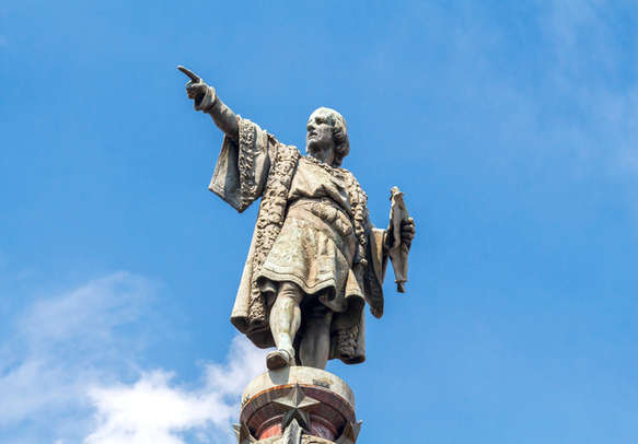 Visit the Columbus monument built in the memory of Christopher Columbus