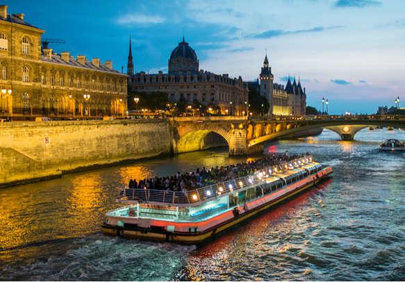 Opt for cruise ride in Seine River in Paris