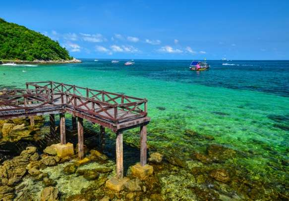 Indulge in snorkeling at Koh Larn and treat yourself