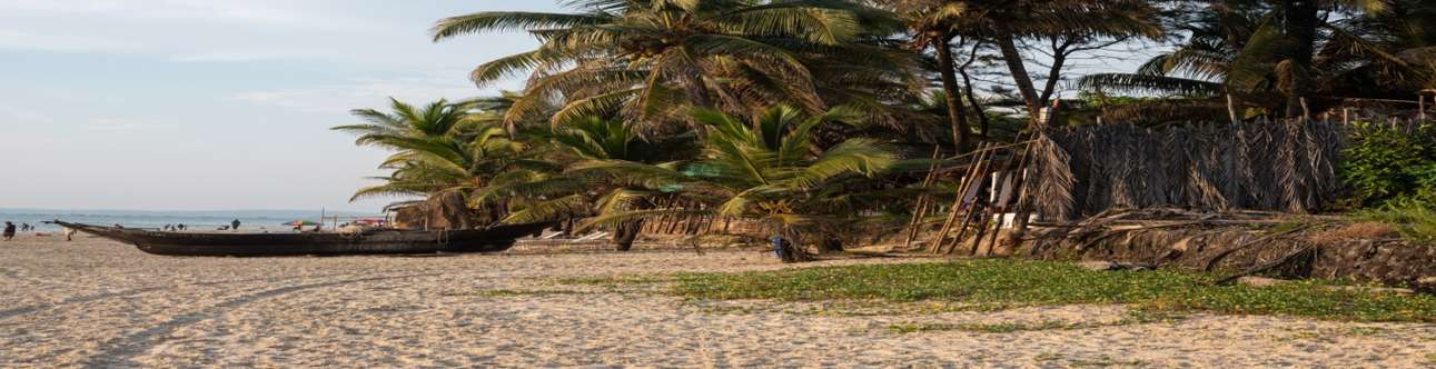 Visit the Sernabatim Beach in Goa