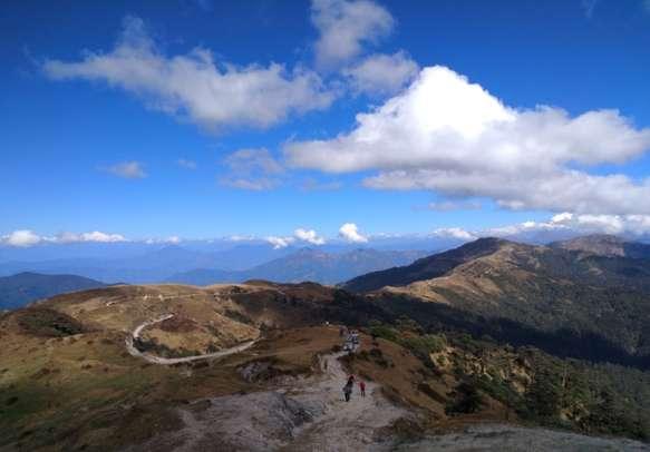 Popular trekking route in Phalut