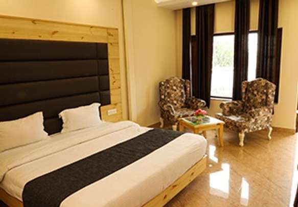 Modernistic rooms with premium in-room amenities