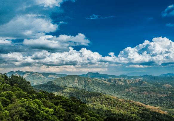 Enjoy the view of the lofty mountains on this Uttarakhand trip