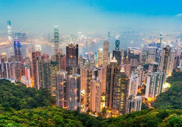 Enjoy mesmerising view of the Hong Kong Skyline