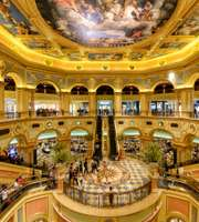 Luxurious Hong Kong & Macau Package With Venetian Stay