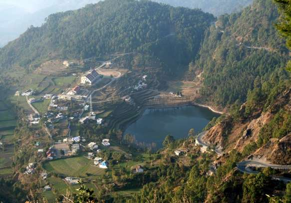 Treat your eyes with the scenic splendor in this Uttarakhand tour