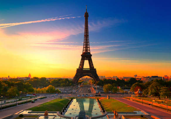 Witness the grandeur of the Eiffel Tower on this trip to Paris