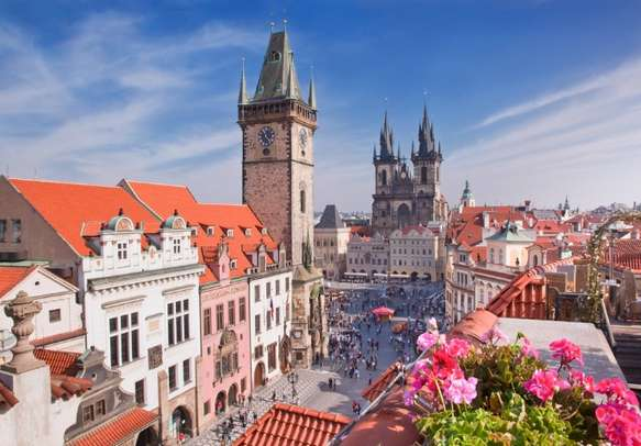 Book Europe packages to explore the beauty of Prague