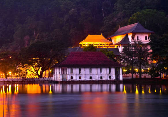 Visit the sacred Temple of the Tooth Relic on your Sri Lanka trip