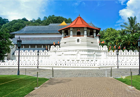 Visit the revered Temple of the Tooth Relic on your Sri Lanka holiday