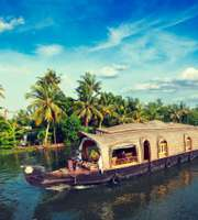 Munnar Alleppey Kerala Honeymoon Package: Hills & Houseboat