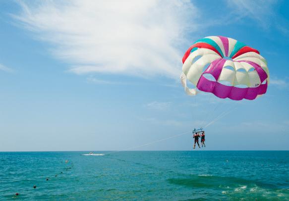 Enjoy parasailing in Mauritius