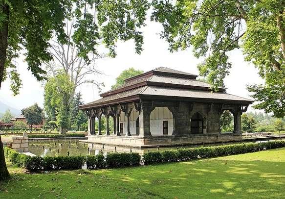 Main pavilion in Mughal garden at Shalimar Bagh