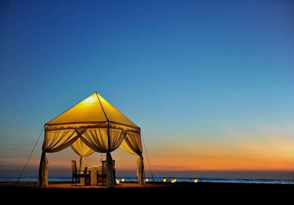 Romantic dinner setting in Bali