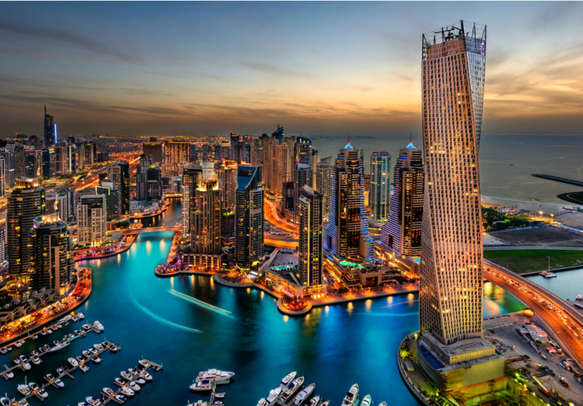 Experience the awesome nightlife of Dubai