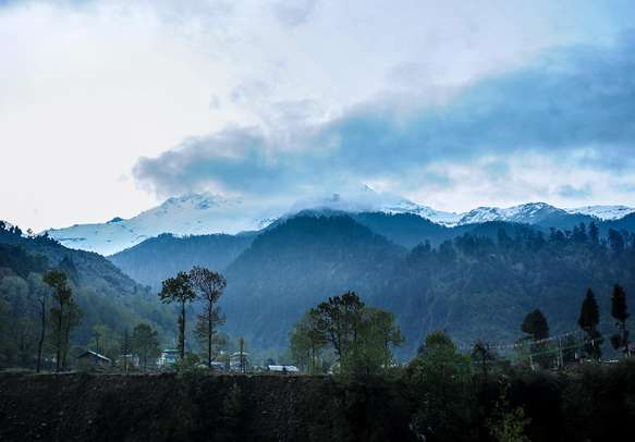Be overwhelmed by the breathtaking sights of Lachung