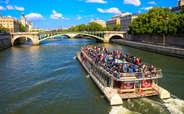 Cruise on the glistening River Seine