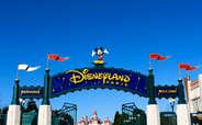 Enjoy this beautiful day in Disneyland