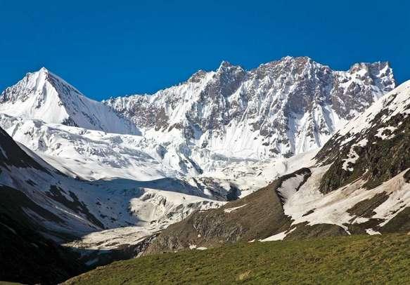 Views on the way to Zoji-La pass from Drass, Ladakh
