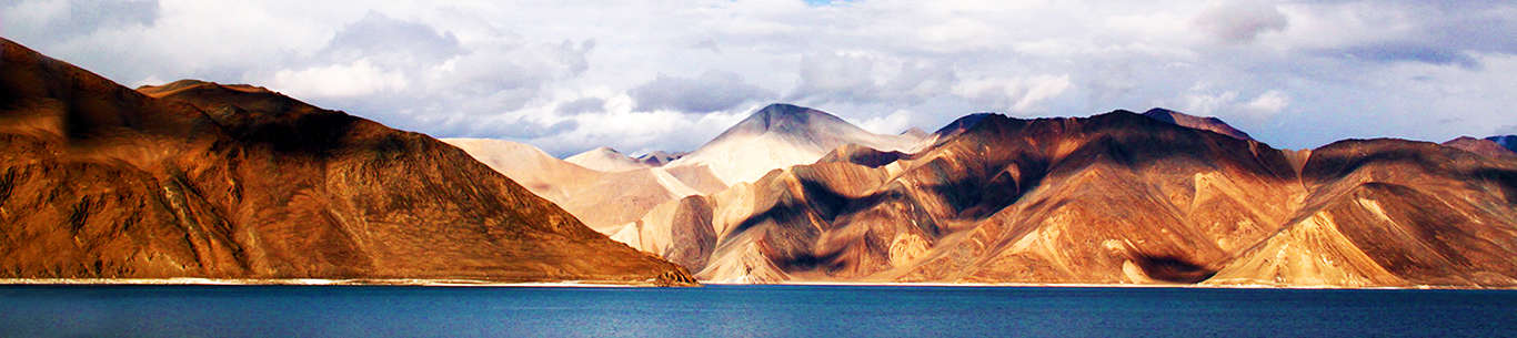 Enjoy some grand moments on your fun-filled Ladakh holiday