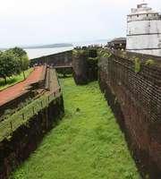 Amazing Goa Family Tour: Forts & Adventure
