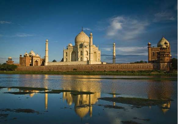 Visit this symbol of love in Agra during your Rajasthan Golden Triangle Tour
