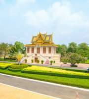 Reviving Vietnam Sightseeing Tour Package