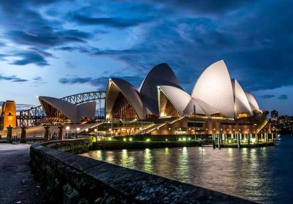 Enjoy the views at the iconic Sydney Opera House.