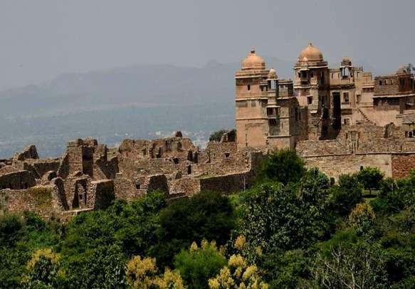 Massive Chittorgarh Fort