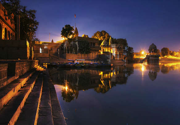 The Gadisar Lake in Jaisalmer