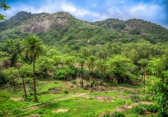 Mount Abu is a place that every traveler must visit