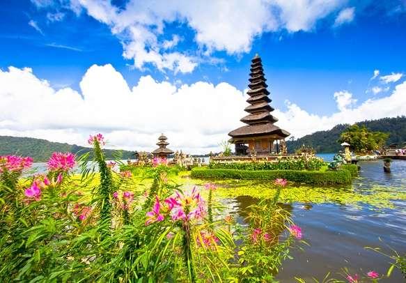 Beautiful Pura Ulun Danu Temple in Bali.
