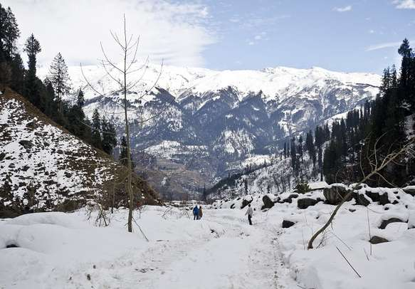Snow covered Solang Valley in Himachal.