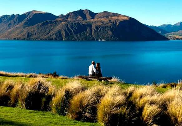 Sit by the banks of Lake Wanaka with your beloved.
