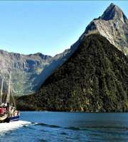 Splendid New Zealand Honeymoon Package From Mumbai