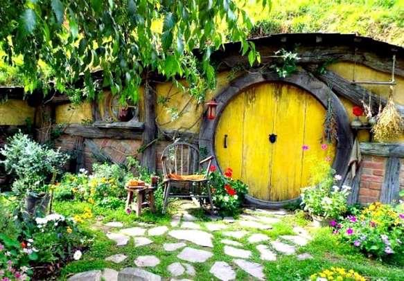 Get a taste of Hollywood at the Lord of the Rings set at Hobbiton
