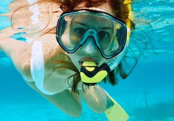 Dig into the adventure of snorkelling in Seychelles