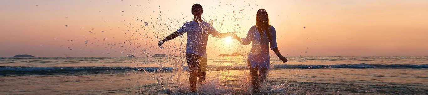 Enjoy beach honeymoon in Goa