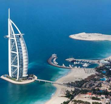 Voyage to the glamorous Dubai - Where Futuristic Innovations Meet Traditions
