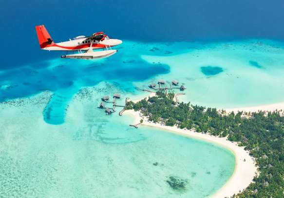 Witness the picturesque views of Mirihi Islands