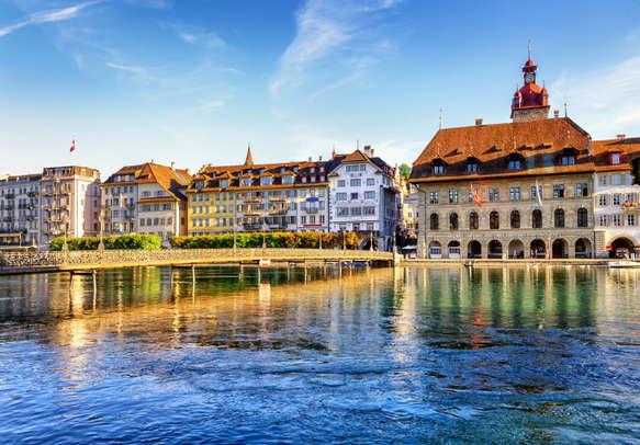The mesmerizing beauty of Lucerne Lake