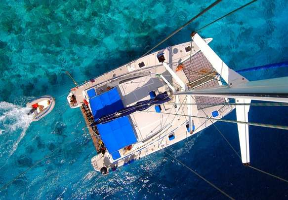 Experience the luxury with Catamaran Cruise in Mauritius