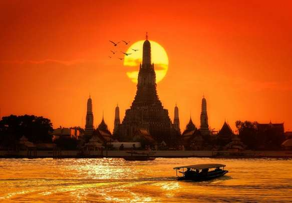Enjoy the beautiful sunset on this Thailand tour itinerary.
