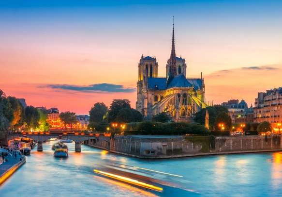Visit Cathedral of Notre Dame de Paris to make your trip and life blissful